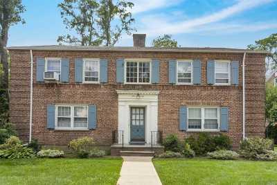 Douglaston Multi Family Home For Sale: 50-04 Douglaston Pky