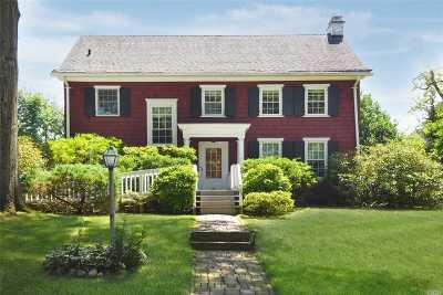 Port Washington Single Family Home For Sale: 23 Crescent Rd