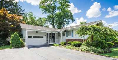 Hauppauge Single Family Home For Sale: 10 Hawk Ln