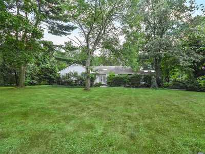Old Westbury Single Family Home For Sale: 4 The Pines