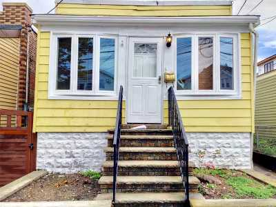Middle Village Single Family Home For Sale: 64-29 72nd St