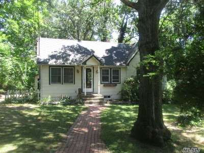 Medford Single Family Home For Sale: 145 Lincoln Rd