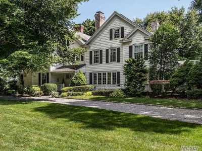 Old Westbury Single Family Home For Sale: 4 Pinewood Rd