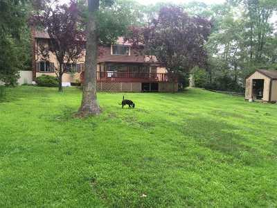 Aquebogue Single Family Home For Sale: 85 Trout Brook Ln