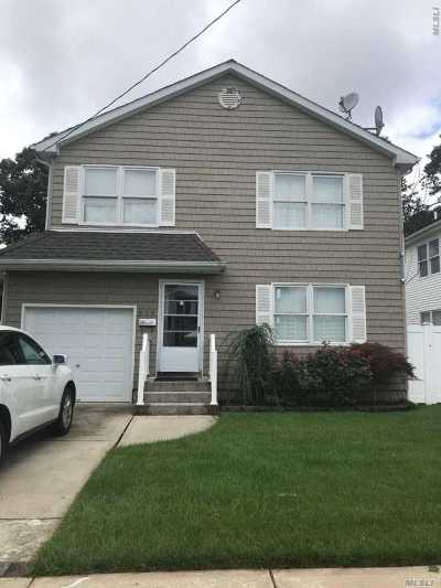 W. Hempstead Single Family Home For Sale: 844 Bradley St