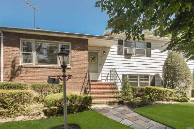 Rockville Centre Single Family Home For Sale: 9 Greenway