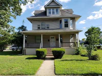 Freeport Multi Family Home For Sale: 353 W Merrick Rd