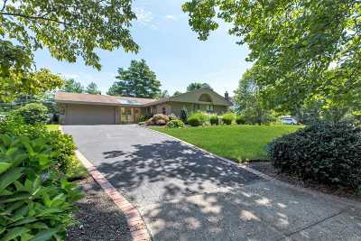 Stony Brook Single Family Home For Sale: 6 Maymont Ln
