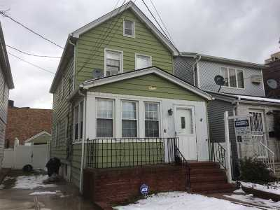 Ozone Park Single Family Home For Sale: 91-53 Gold Rd