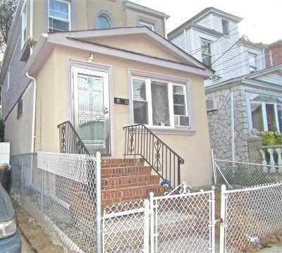 Jamaica Single Family Home For Sale: 105-30 170th St