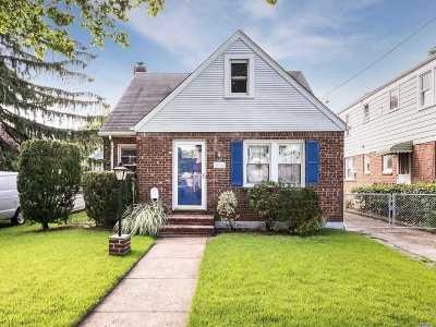 Floral Park Single Family Home For Sale: 304 Bryant Ave