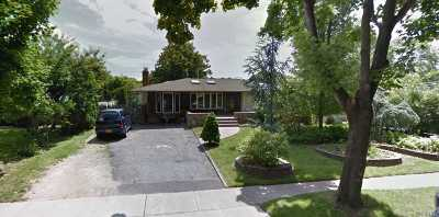 St. James Single Family Home For Sale: 38 Bayberry Dr