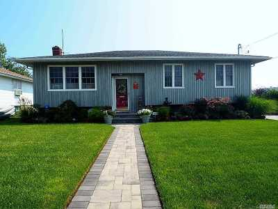 Oceanside Single Family Home For Sale: 391 W Cortland Ave
