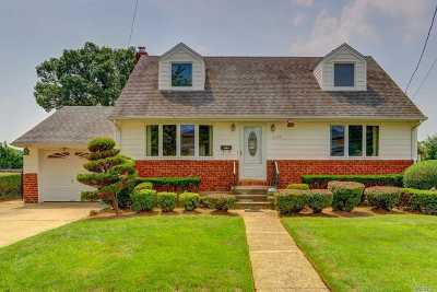 East Meadow Single Family Home For Sale: 2120 7th St