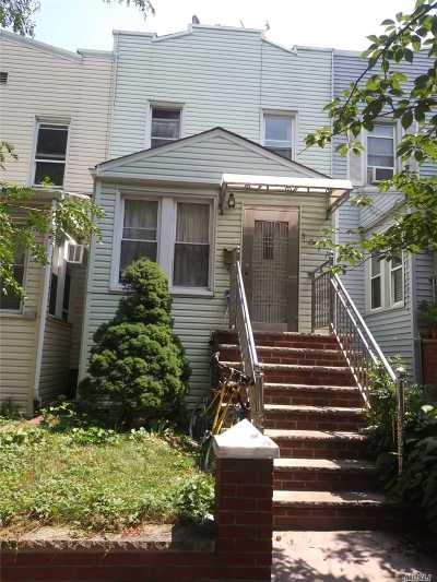 Single Family Home For Sale: 30-11 94th St