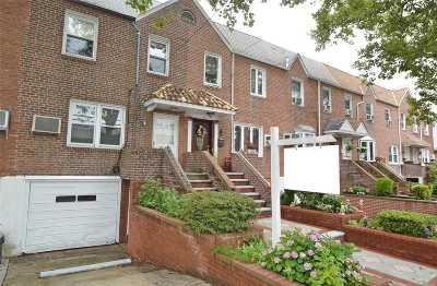 Whitestone NY Single Family Home For Sale: $749,000