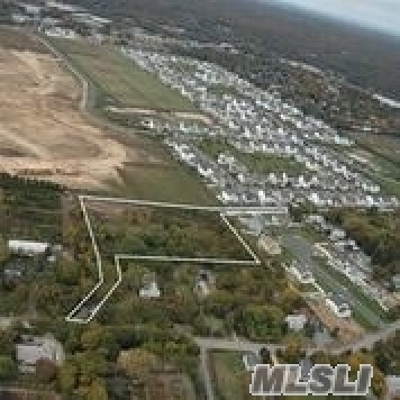 Melville Residential Lots & Land For Sale: Old East Neck Rd