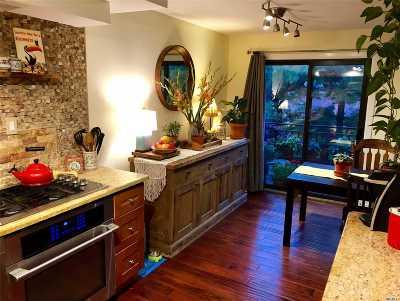 Whitestone Condo/Townhouse For Sale: 154-11a Riverside Dr