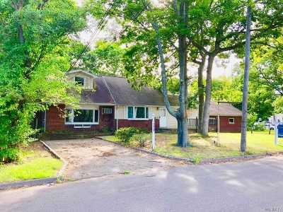 Centereach Single Family Home For Sale: 177 Stanley Dr