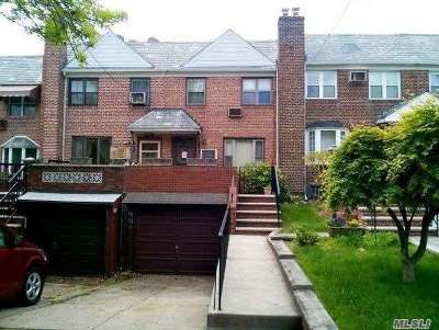 Middle Village Single Family Home For Sale: 58-34 79 St