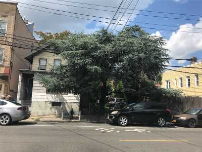 Corona Multi Family Home For Sale: 108-23 43rd Ave