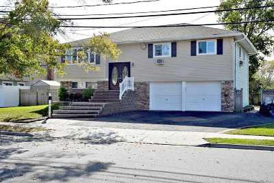 Seaford Single Family Home For Sale: 2617 Bryant Dr