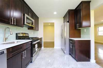 Jamaica Multi Family Home For Sale: 137-11 159th St
