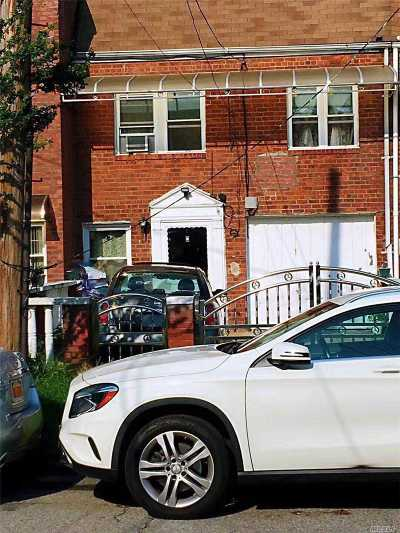 Ozone Park Single Family Home For Sale: 94-29 96th St