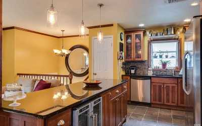 Huntington Single Family Home For Sale: 60 Woodhull Rd