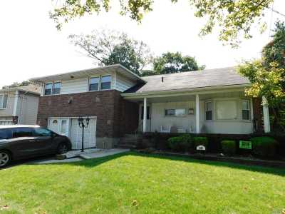 Woodmere Single Family Home For Sale: 929 Peninsula Blvd