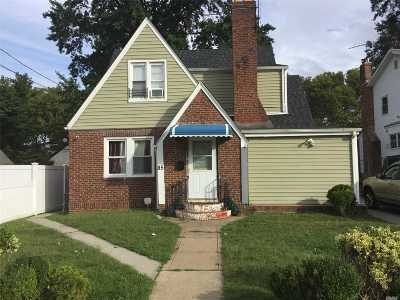 Hempstead Multi Family Home For Sale: 85 Wellington St