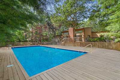 East Hampton Single Family Home For Sale: 12 Woodhollow Dr