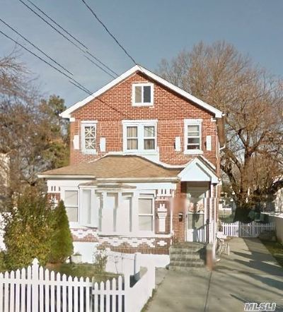 Copiague Single Family Home For Sale: 485 Marconi Blvd