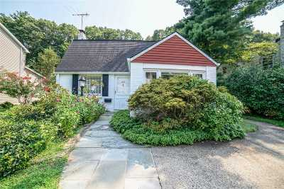 Roslyn Single Family Home For Sale: 249 Parkside Dr
