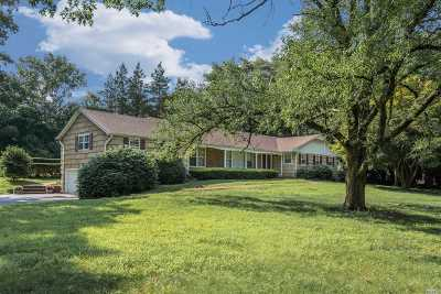 Single Family Home Sold: 70 Hastings Dr