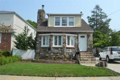 Single Family Home For Sale: 32 Franklin St
