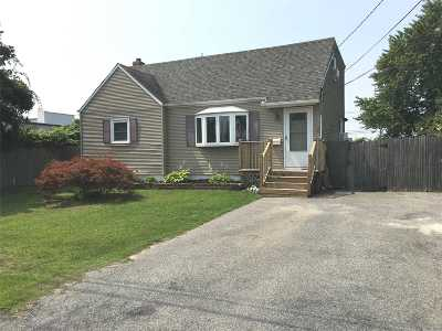 W. Babylon Multi Family Home For Sale: 20 Albermarle Ave