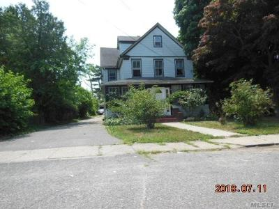 Central Islip  Single Family Home For Sale: 3 1st Ave