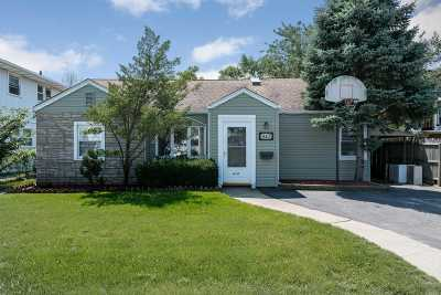 Long Beach Multi Family Home For Sale: 410 E Park Ave