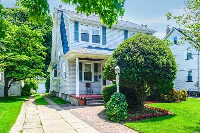 Rockville Centre Single Family Home For Sale: 217 N Forest Ave