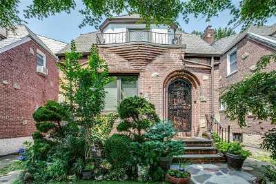 Flushing Single Family Home For Sale: 27-16 163rd St