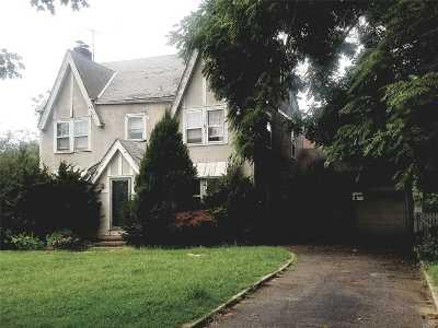 Rockville Centre Single Family Home For Sale: 4 Broadway
