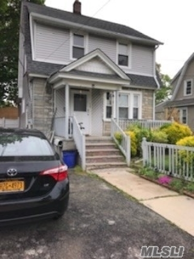 Freeport Single Family Home For Sale: 20 Ellison Ave