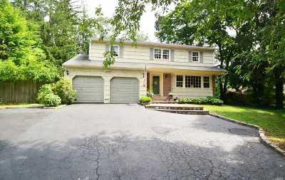 Syosset Single Family Home For Sale: 144 Split Rock Rd