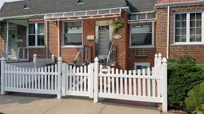 Middle Village Single Family Home For Sale: 75 Th Street St