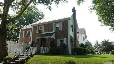 Bayside Single Family Home For Sale: 212-04 50 Ave