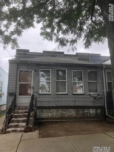 Ozone Park Single Family Home For Sale: 89-29 Desarc Rd