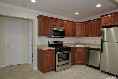 Bay Shore Rental For Rent: 241 W Main St #7