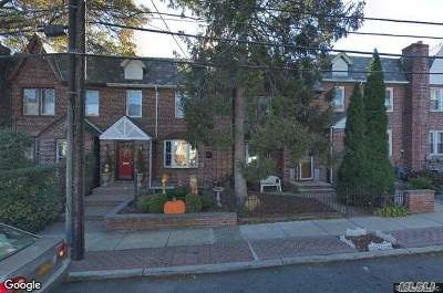 Middle Village Single Family Home For Sale: 80-20 Cowles Ct