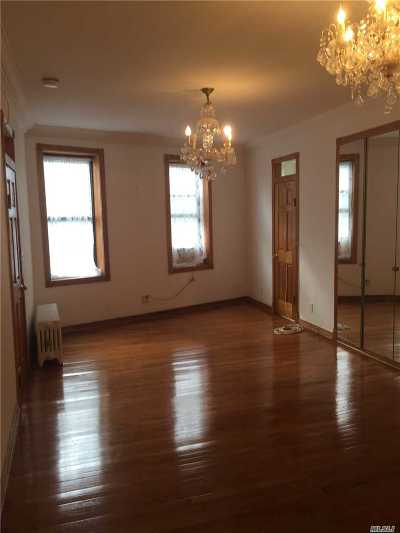 Kew Gardens Condo/Townhouse For Sale: 83-09 Lefferts Blvd